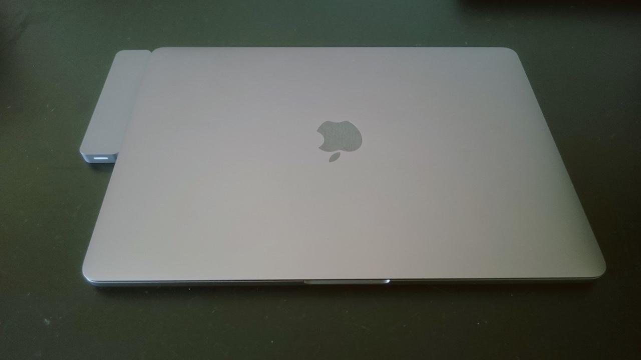 MacBook ProのUSB-Cハブレビュー。まだまだHyperdrive一択じゃないかって現状。